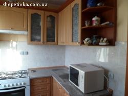 2 ким квартира з ремонтом и меблями.