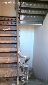 Cтоляр-реставратор сходів, паркетa. Робота в Польщі