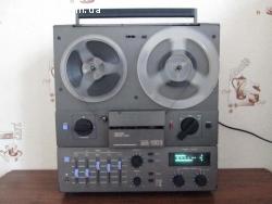 Катушечный стационарный магнитофон