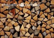 Потрібна людина для рубки дров.