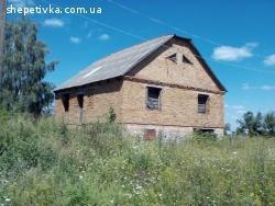 Продається недобудований будинок в с. Судилків