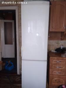 Продам холодильник Ардо