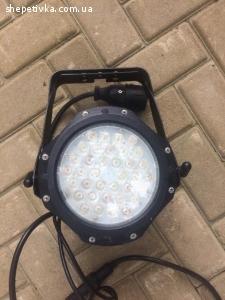 ПРОДАМ  прожектор Involight stop50