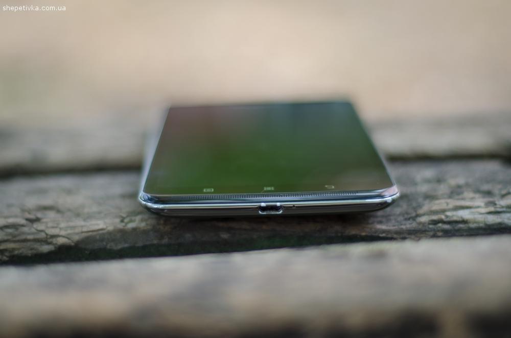 Продам телефон Lenovo S930