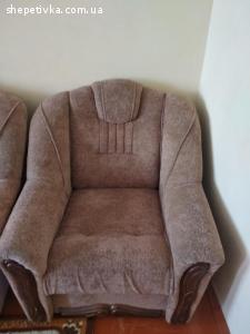 Продам терміново 2 крісла в ідеальному стані