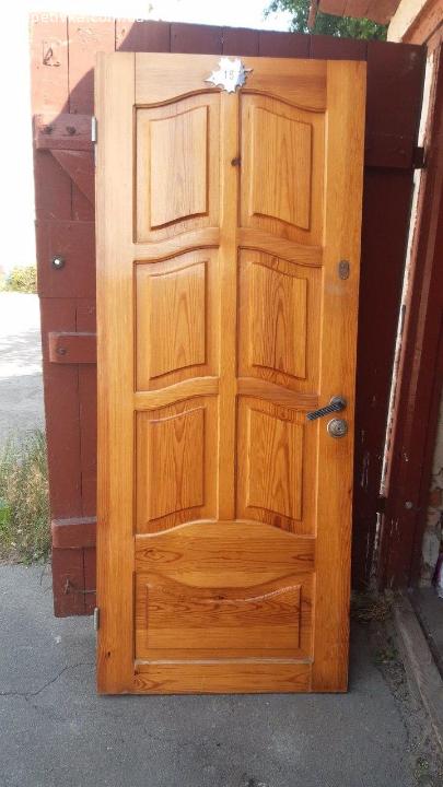 Продам вхідні двойні двері