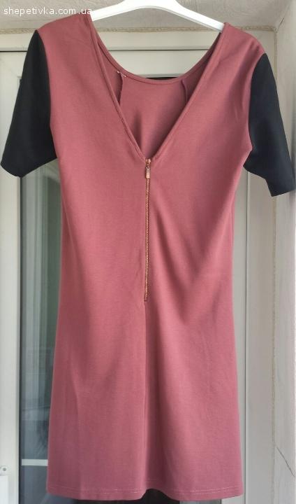 Стильна сукня кольору бордо BERSHKA Розмір L