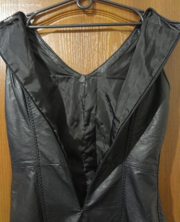 Стильна жіноча шкіряна сукня Reserved Розмір L