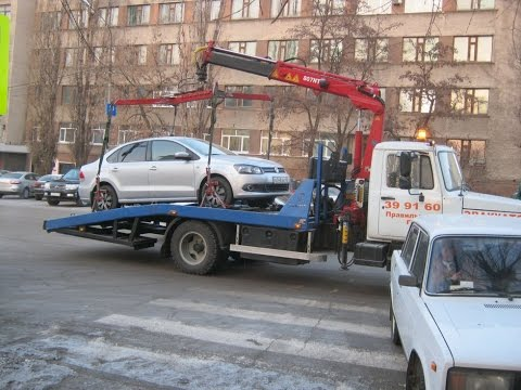"""ЧАСТИНА 1.Славутські поліцейські віджимають авто на іноземній реєстрації. Частина І """"Один в полі"""""""