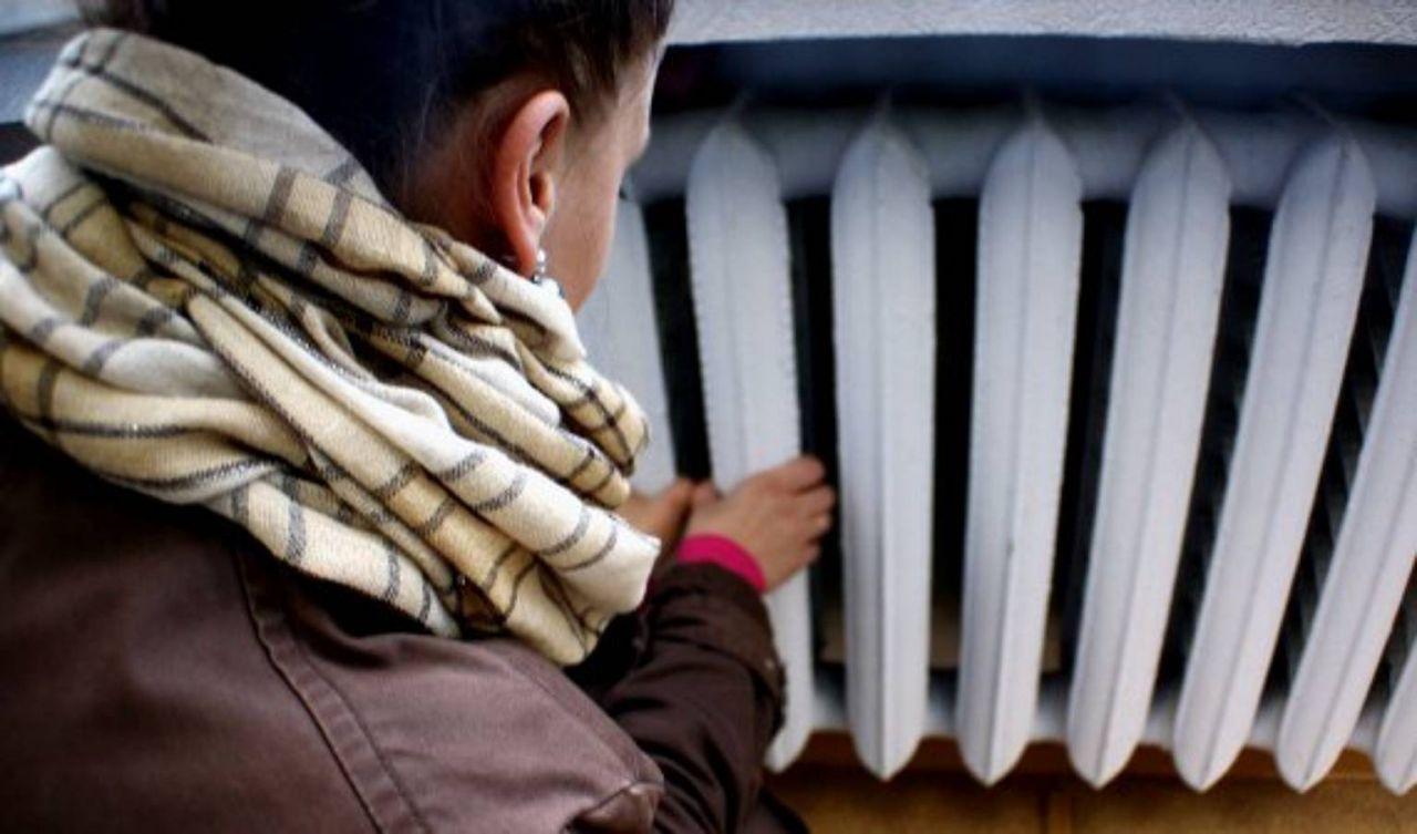 Стало відомо, у скількох житлових будинках Івано-Франківська досі немає тепла