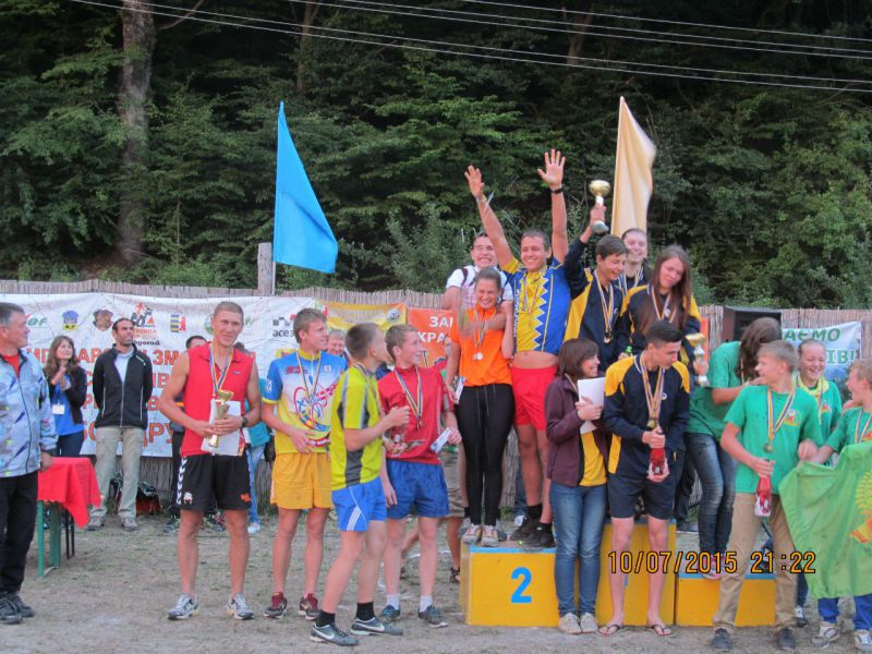 Діти з Шепетівщини стали другими у чемпіонаті України з велосипедного туризму