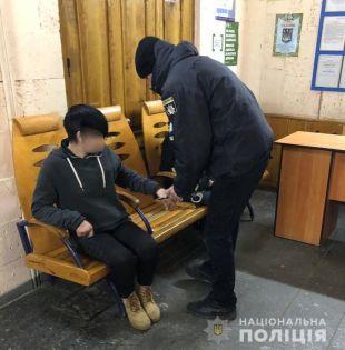 З електропотягу «Шепетівка-Козятин» розбійники намагались викинути жертву на ходу