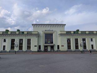 Укрзалізниця відновлює курсування ще одного поїзда через Шепетівку