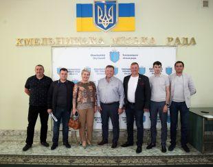 В Хмельницькій міськраді створена депутатська група «ЗА МАЙБУТНЄ»